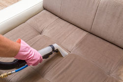 upholstery cleaning with carpet cleaning service